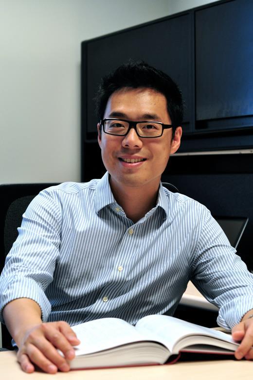 Bingjun Xu
